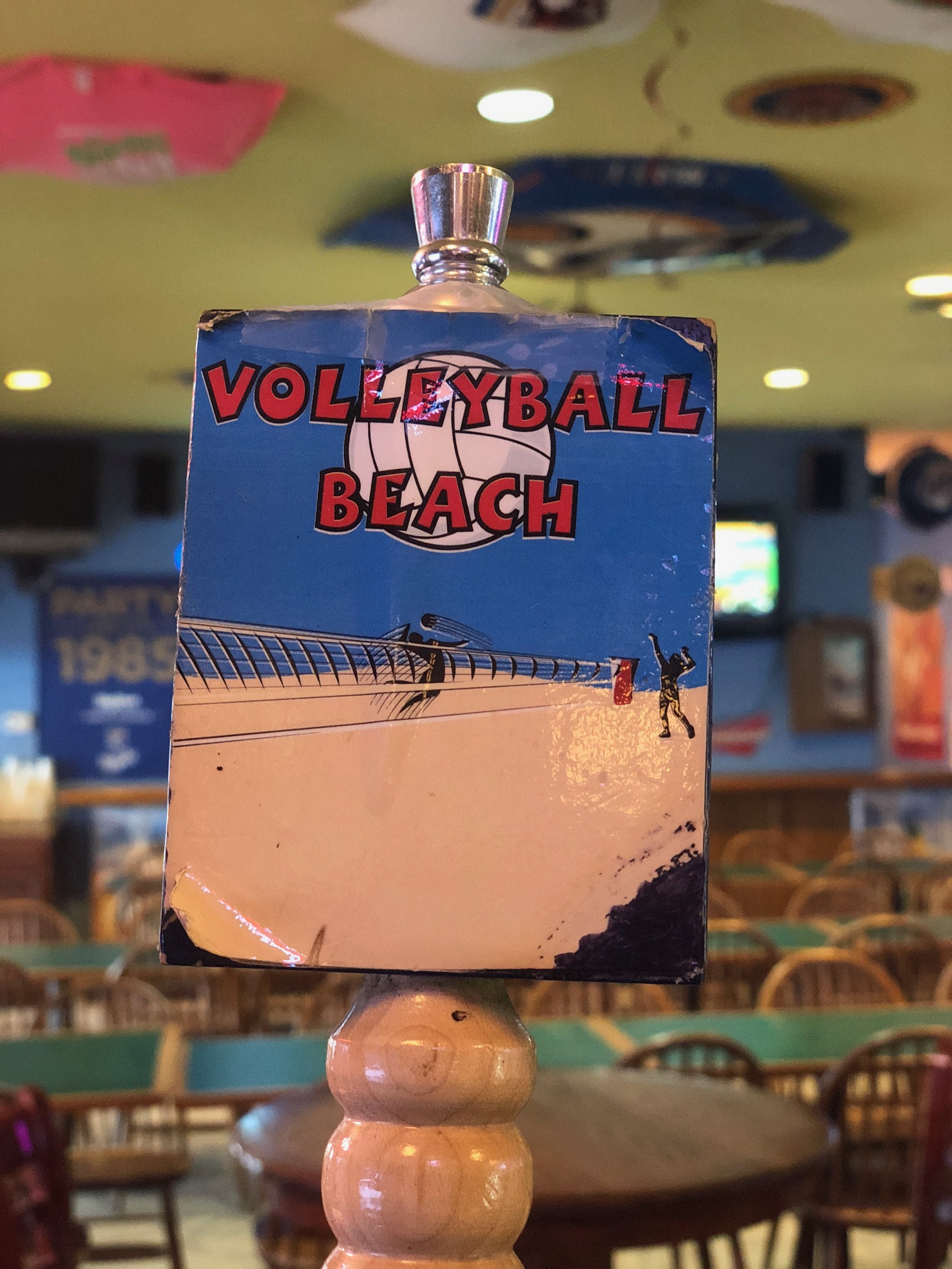 volleyball beach tap