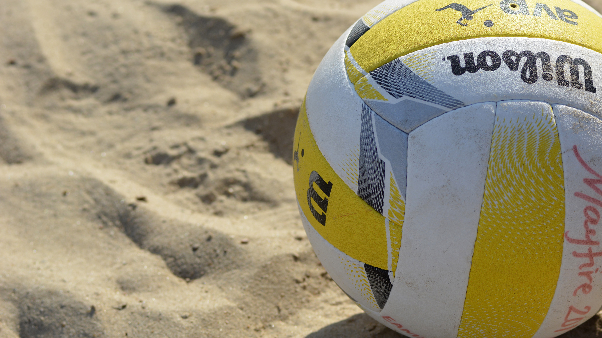 Get Over the Hump at Volleyball Beach!